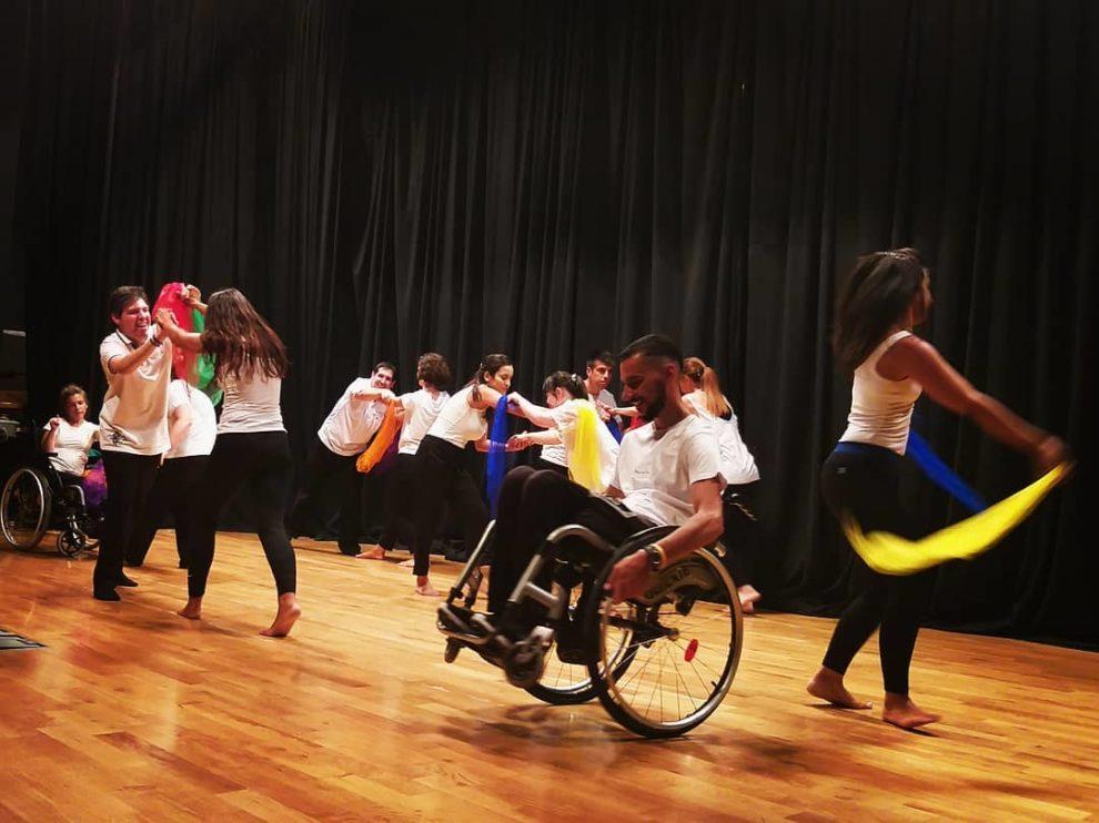 25ο Διεθνές Φεστιβάλ Χορού Καλαμάτας: Όταν τα ΑμεΑ «καθήλωσαν» το κοινό…