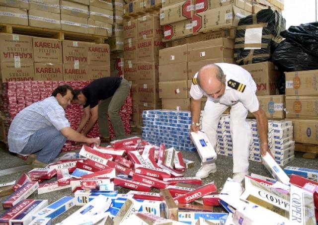 Οι «χρυσές» μπίζνες των λαθρεμπόρων τσιγάρων: 5,5 εκατ. ευρώ διαφυγόντες δασμοί