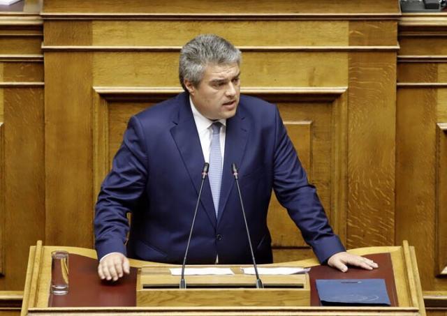 """Μίλτος Χρυσομάλλης: «Ο ΣΥΡΙΖΑ έφερε τα κονδύλια για τη στέγαση  μεταναστών και ο Παπαδημούλης τα """"αξιοποίησε""""»"""