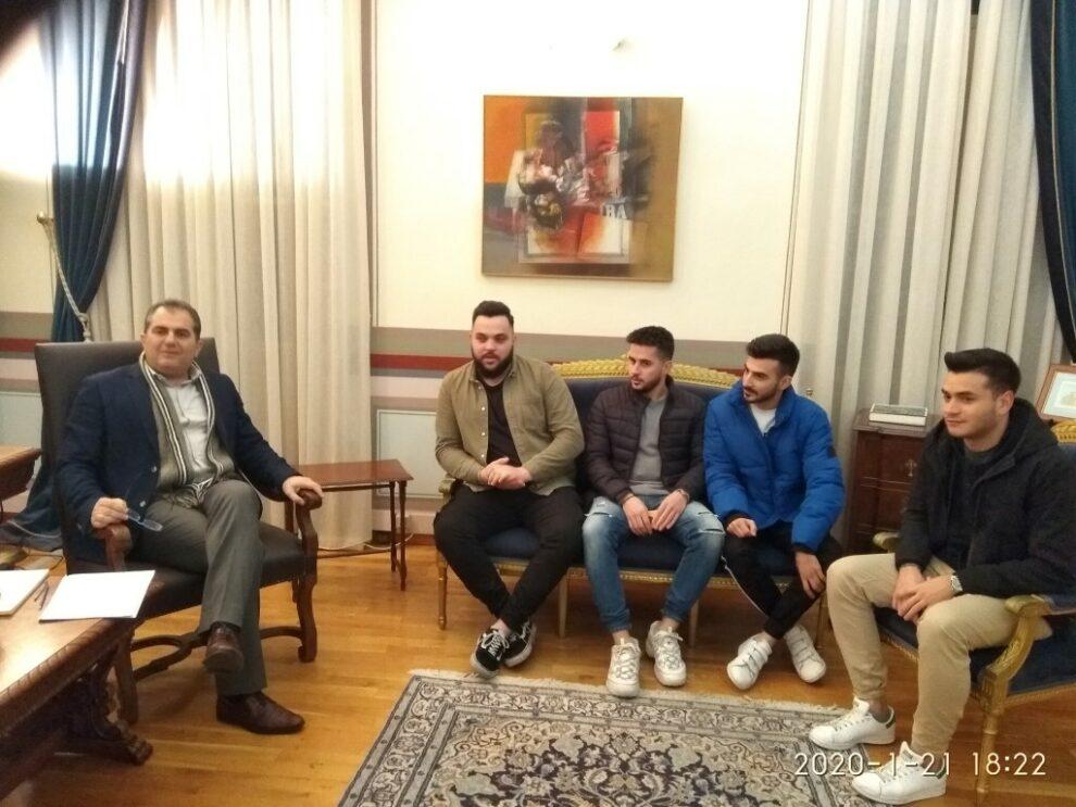 Συνάντηση Βασιλόπουλου με φοιτητές