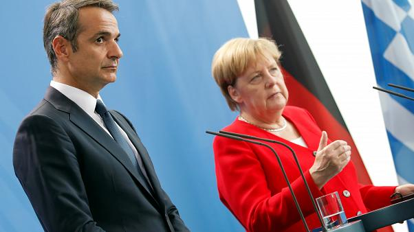 Τη δυσαρέσκειά του για τη μη συμμετοχή της Ελλάδας στη Διάσκεψη του Βερολίνου εξέφρασε ο Κ. Μητσοτάκης