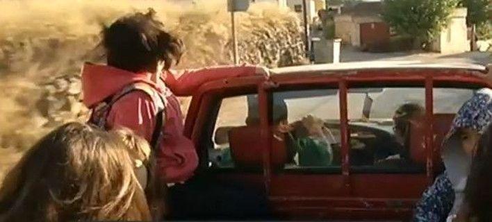 Καλαμάτα: Έπεσε από την καρότσα, αλλά ο οδηγός δεν την κατάλαβε