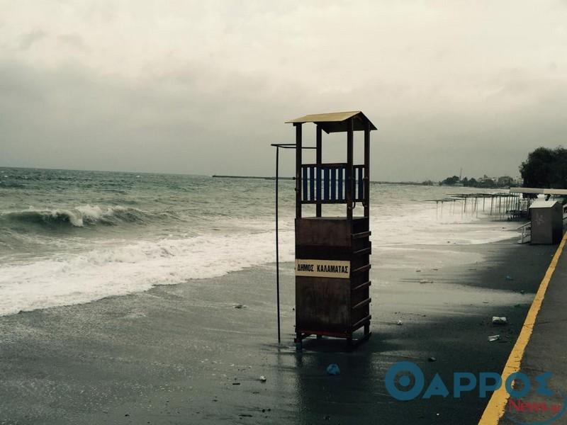 Εντυπωσιακές εικόνες στην παραλία της Καλαμάτας (φωτογραφίες & βίντεο)