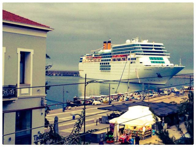 Κρουαζιερόπλοια ξανά στο λιμάνι Καλαμάτας