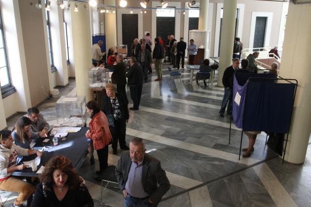 Ματαιώνονται οι εκλογές συνέδρων στο Κίνημα Αλλαγής