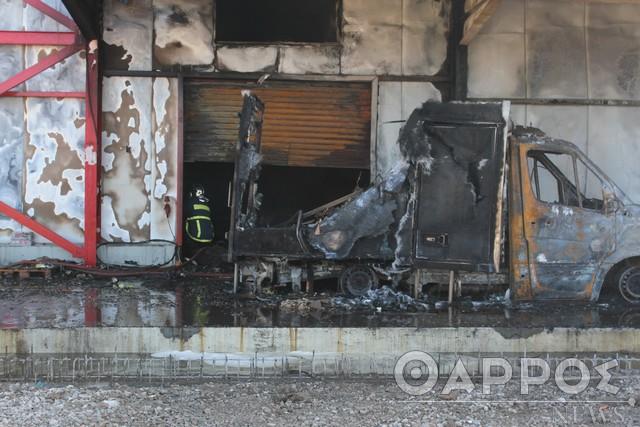 Τεράστια καταστροφή στην αποθήκη της εταιρείας «Κουλιέρης Α.Ε.» στη ΒΙ.ΠΕ. Καλαμάτας (φωτογραφίες & βίντεο)
