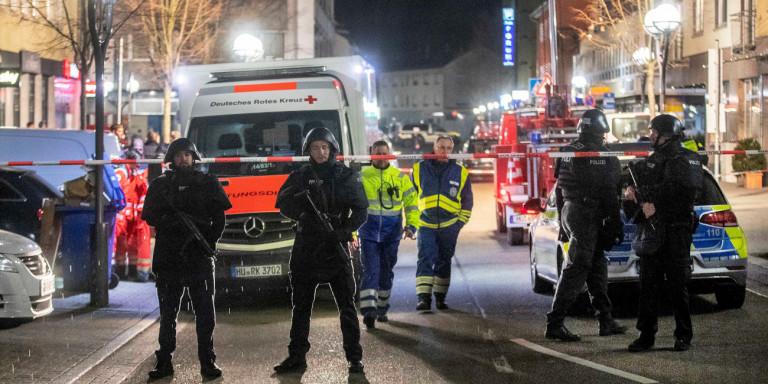 9 νεκροί από αλλεπάλληλες επιθέσεις σε μπαρ στη Γερμανία
