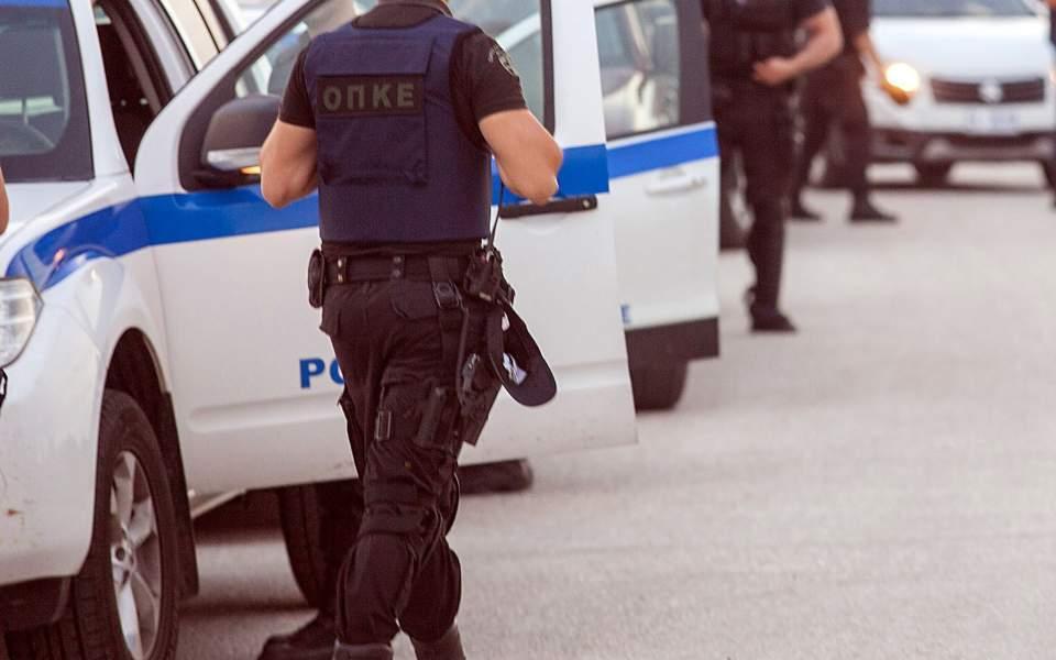 Μεσσήνη: 50χρονος μετέφερε παράνομα 4 αλλοδαπούς