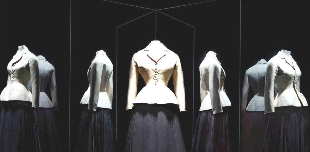 Το θρυλικό Bar Jacket του Dior έγινε 73 ετών