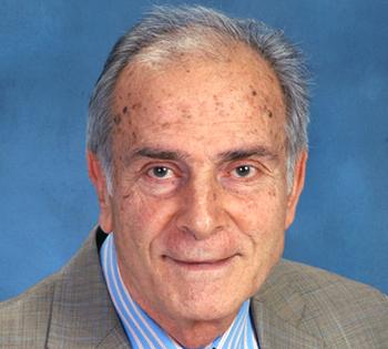 Έφυγε από τη ζωή ο Μεσσήνιος καθηγητής Ογκολογίας Κωνσταντίνος Καρακούσης
