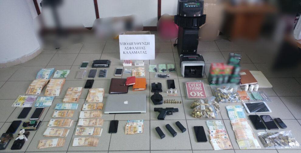 Η ανακοίνωση της Αστυνομίας για τους επιχειρηματίες που συνελήφθησαν για «ξέπλυμα χρήματος»
