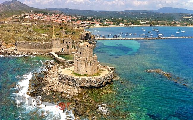 Μελέτη προστασίας Κάστρου και  οικισμού Μεθώνης από τη διάβρωση