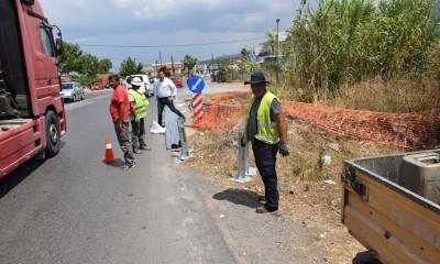 Τοποθέτηση χαλύβδινων στηθαίων ασφαλείας σε διάφορα σημεία του οδικού δικτύου του Δήμου Καλαμάτας