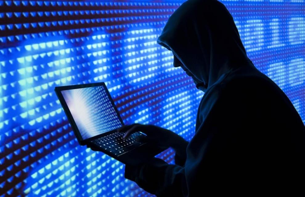 """Χάκερ με τη μέθοδο του """"sim swap""""  «ξαφρίζουν» τραπεζικούς λογαριασμούς!"""
