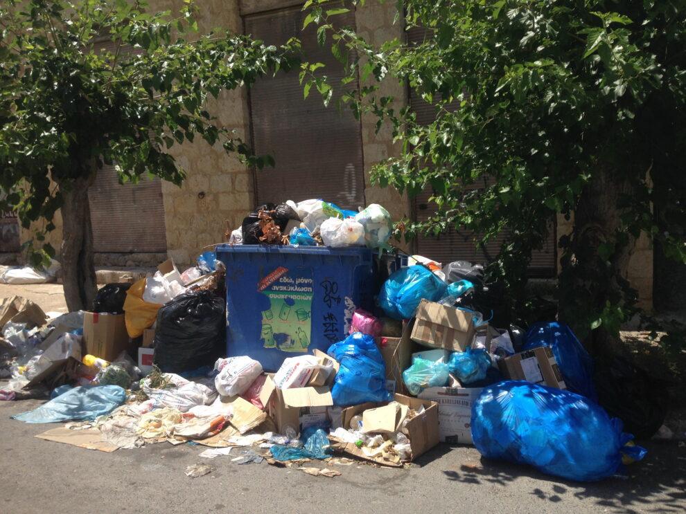 Τριφυλία: Απέραντος σκουπιδότοπος, κίνδυνος  για τη δημόσια υγεία και το περιβάλλον…