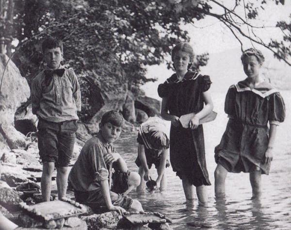 «Θάρρος» 26 Ιουλίου 1938: Στις παιδικές εξοχές Αγίου Ανδρέα – Λογγάς