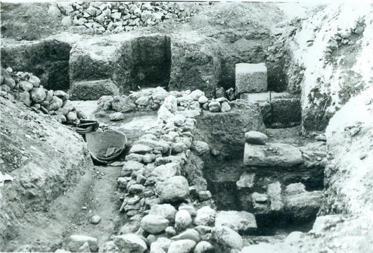 «ΘΑΡΡΟΣ» 20 Αυγούστου 1960: Ευρήματα – ανασκαφές – γνώμες για τις Φαρές