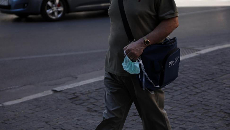 Αυτόφωρο και διώξεις για τους αρνητές της μάσκας