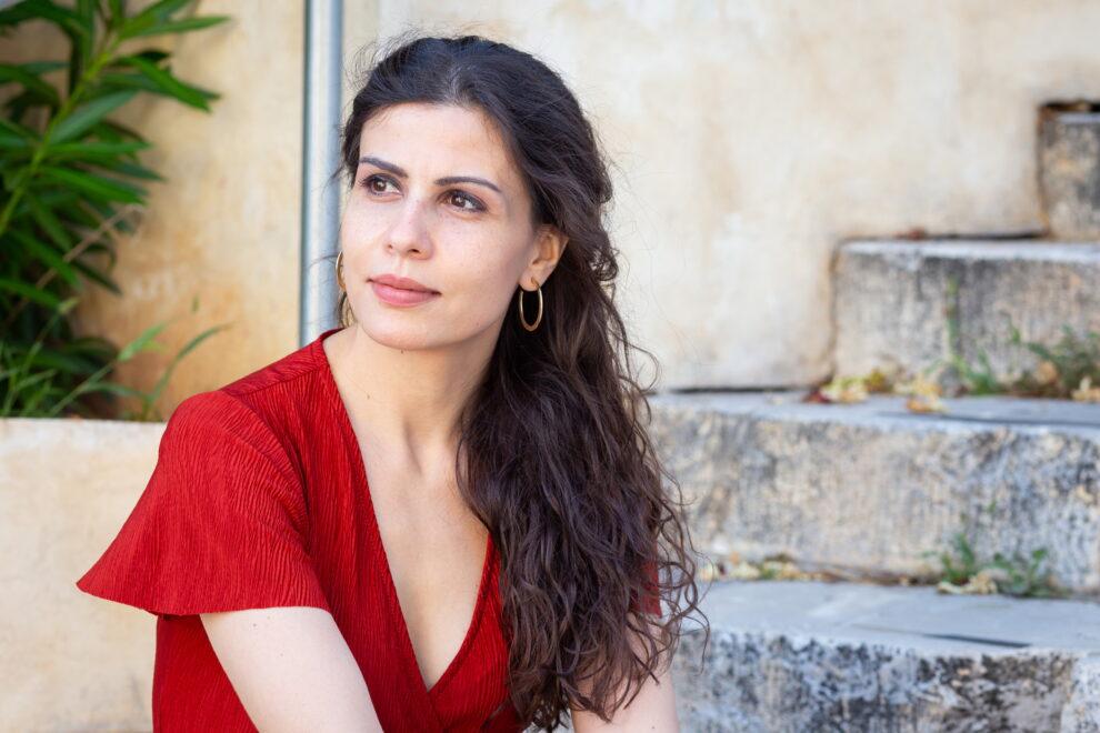 Μαρία Κρασοπούλου: «Ποίηση και μουσική είναι σαν δύο συγκοινωνούντα δοχεία»