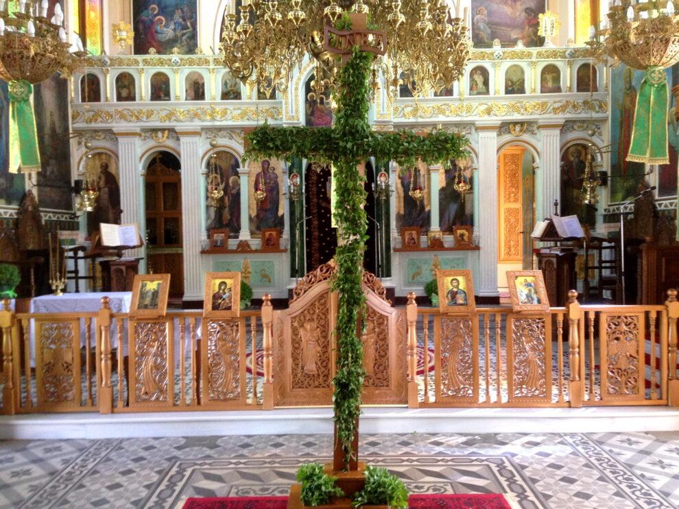 Η Κυπαρισσία τιμά την Ύψωση του Τιμίου Σταυρού χωρίς λιτανεία και εμποροπανήγυρη