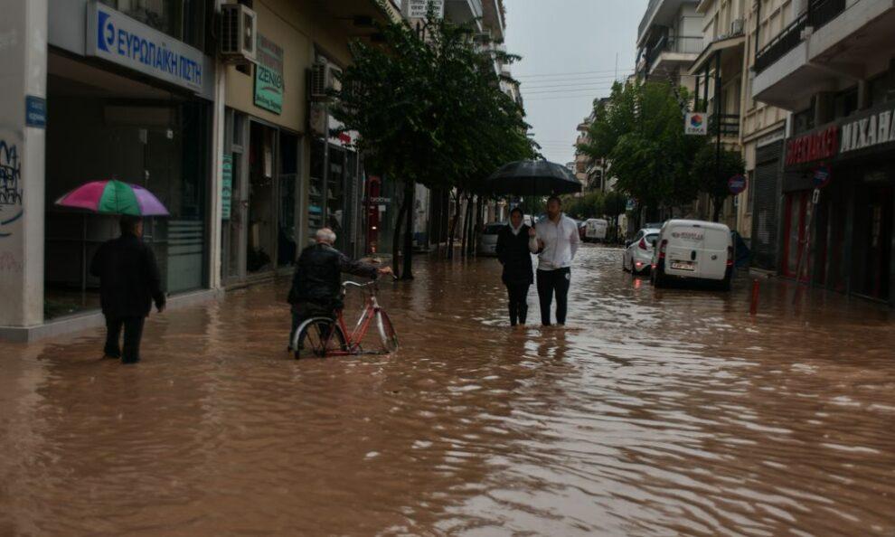 Συλλογή ειδών πρώτης ανάγκης για τους πληγέντες στην Καρδίτσα από τους Αεροπροσκόπους Καλαμάτας