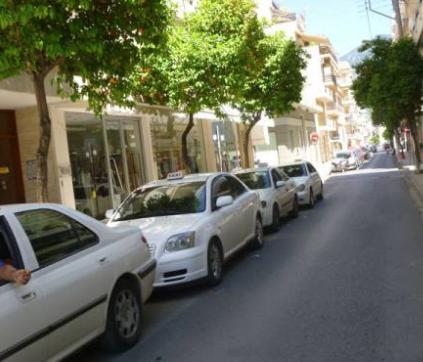 Ταξί Καλαμάτας: Οικονομική «ανάσα» έδωσε   ο Αύγουστος, αλλά μικρή