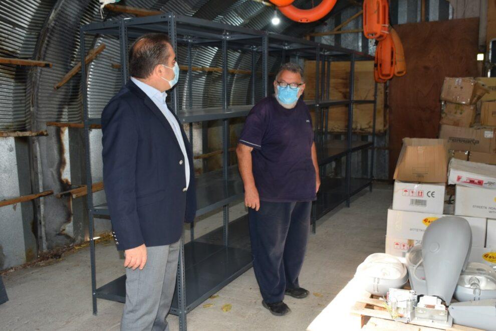 Καλύτερη οργάνωση στις αποθήκες του Δήμου Καλαμάτας