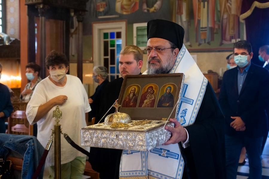 Καλαμάτα: Υποδοχή αποτμήματος Τιμίας Κάρας Αγίου  Ιερομάρτυρος Χαραλάμπους του Θαυματουργού