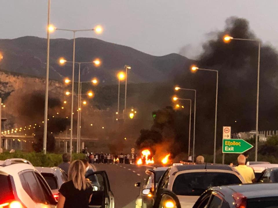 Φωτιές και επεισόδια σε όλη την Πελοπόννησο από Ρομά