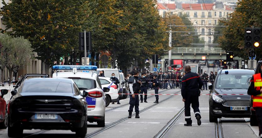Γαλλία: 3 νεκροί στη Νίκαια μετά από επίθεση με μαχαίρι έξω από εκκλησία