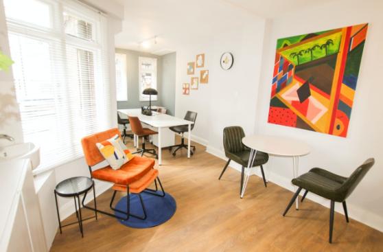 Διακοσμήστε τα γραφεία σας εργονομικά με ποιοτικά έπιπλα γραφείου