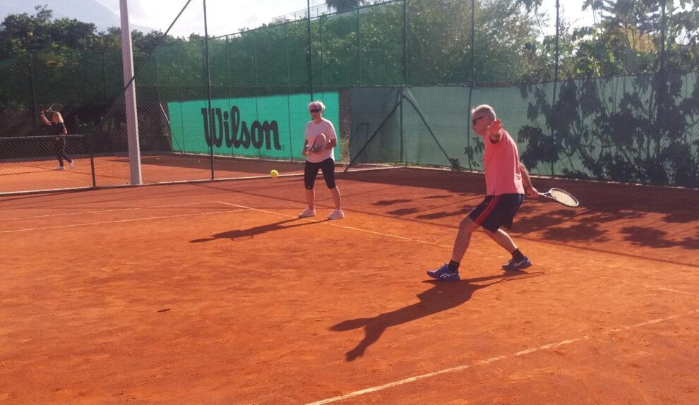 Καλαμάτα Tennis Garden: Έπαιξαν για τη μικρή Αναστασία
