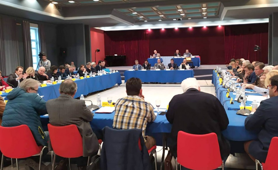 Σημαντική απόφαση του Περιφερειακού  Συμβουλίου Πελοποννήσου για τη Χρυσή Αυγή