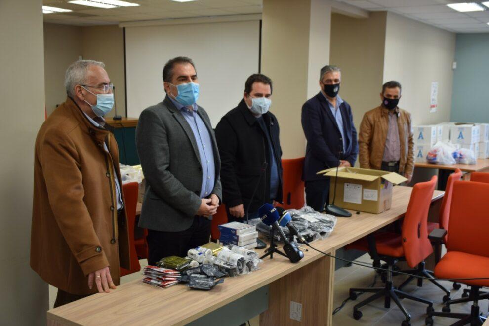 Υγειονομικός εξοπλισμός και υλικά υποστήριξης από το Δήμο Καλαμάτας προς την Ένωση Αστυνομικών Υπαλλήλων