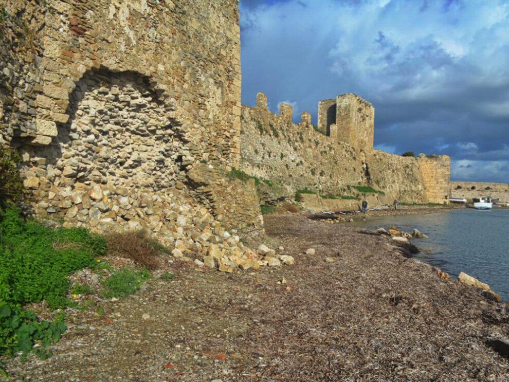 Αυτοψία του υπουργείου  Πολιτισμού σήμερα σε Κάστρο Μεθώνης και Ακρόπολη Πεταλιδίου