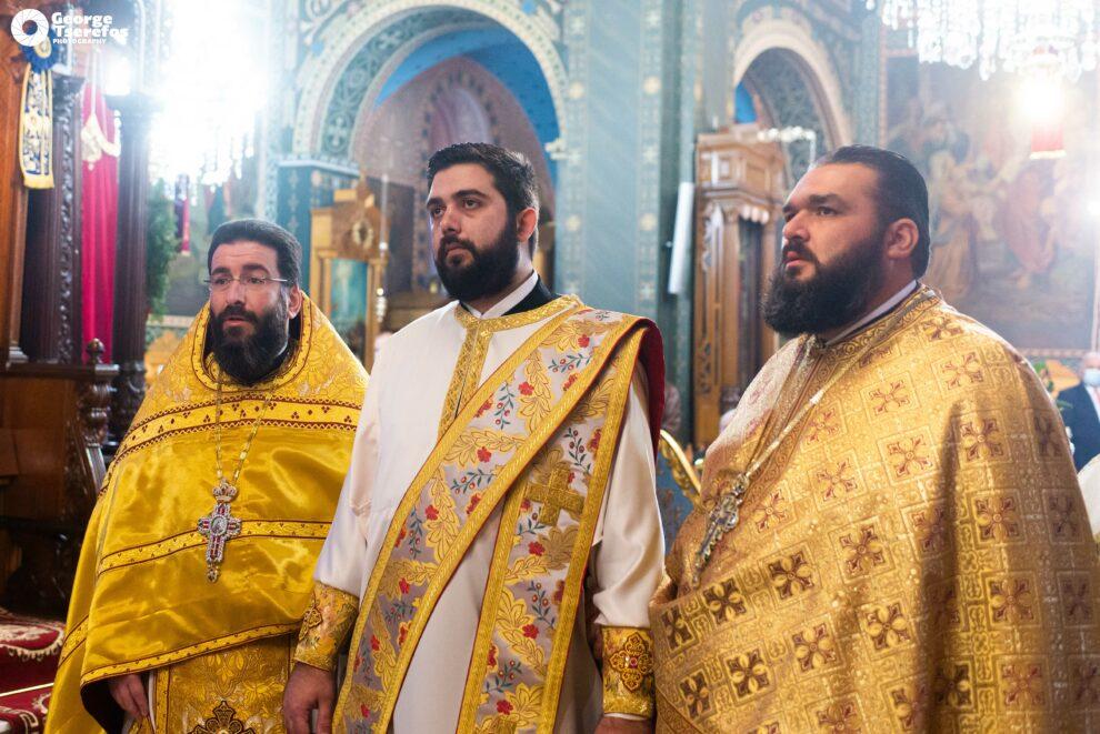 Δυο χειροτονίες στον Ιερό Ναό Αγίου Νικολάου Καλαμάτας