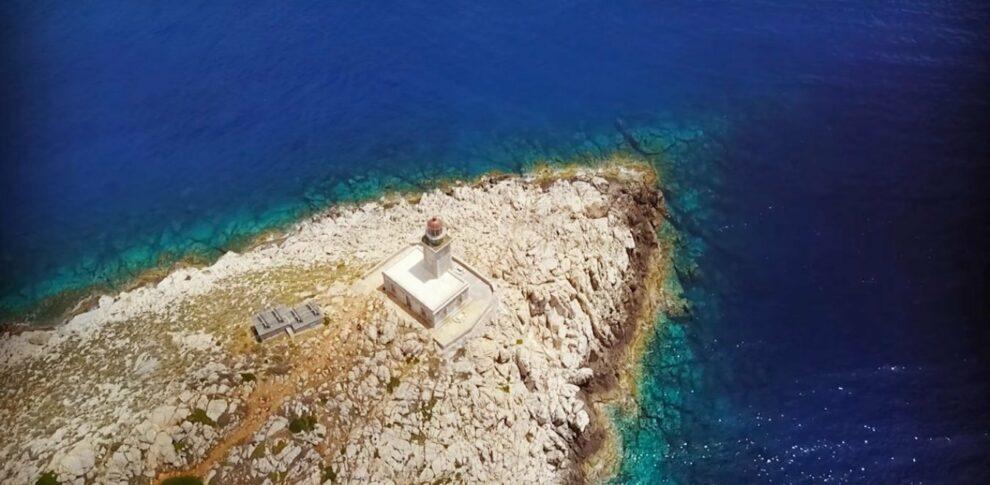 Ο πιο επιβλητικός φάρος στην Ελλάδα είναι το στολίδι της Μάνης