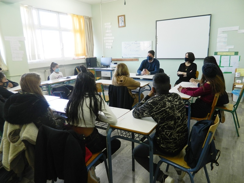 Δήμος Μεσσήνης: Επίσκεψη δημάρχου στο τμήμα ΖΕΠ  του 1ου Γυμνασίου Μεσσήνης