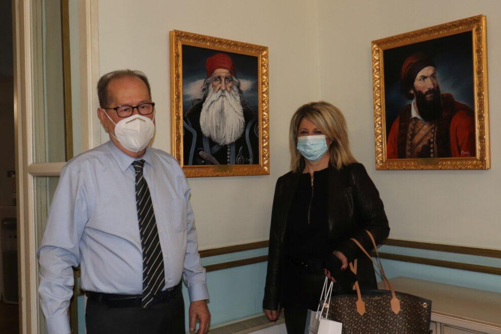 Συνάντηση της δημάρχου Οιχαλίας με Νίκα στην Τρίπολη
