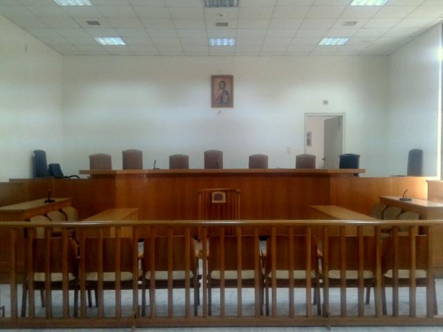 Κάθειρξη 15,5 ετών στον ιερέα  για το βιασμό ανήλικης στη Λακωνία