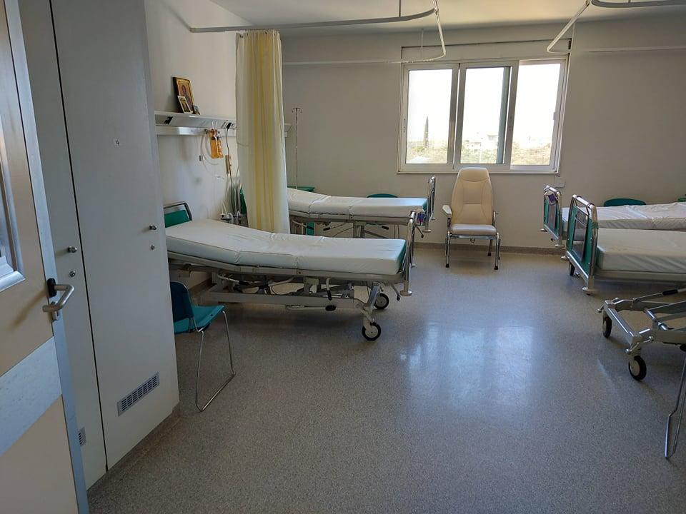 """«Χαλάρωσε» η κλινική """"Covid 19"""", διασωληνώθηκε ασθενής στη ΜΕΘ του Νοσοκομείου Καλαμάτας"""