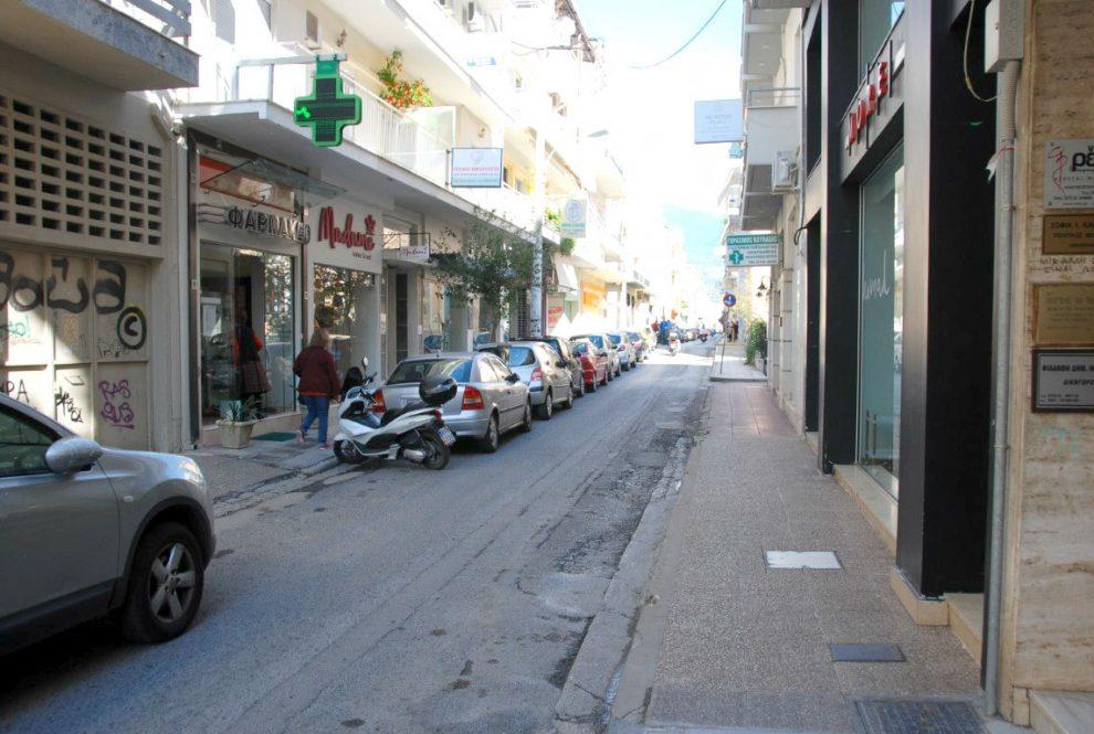 Οι αναπλάσεις καταργούν χώρους  στάθμευσης στο κέντρο της Καλαμάτας