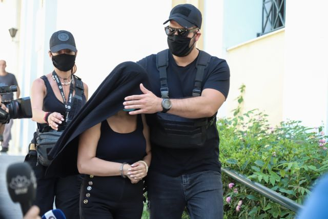 Η απολογία της 36χρονης με το βιτριόλι: «Δεν ήθελα να τη σκοτώσω»