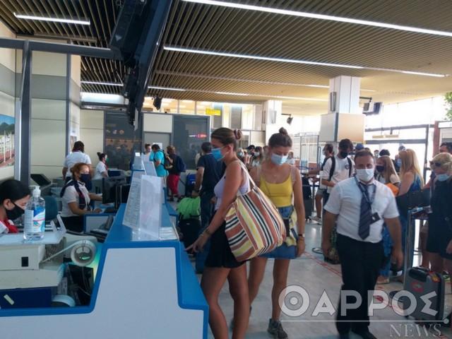 Πτήσεις εσωτερικού: Επιτρέπονται μόνο οι ουσιώδεις μετακινήσεις