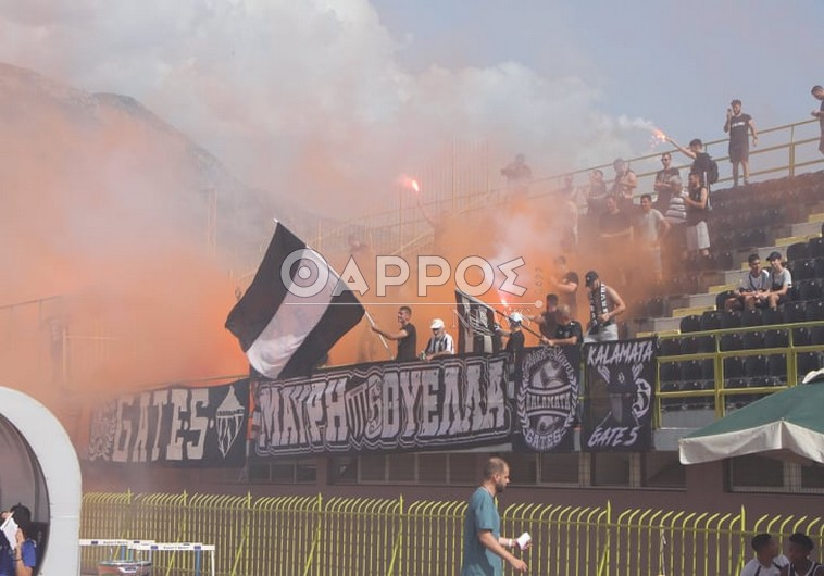Η Καλαμάτα γιορτάζει την κατάκτηση της Football League