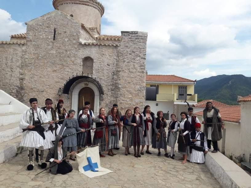 """Αναβίωσε το '21 στο Βυζαντινό Ναό της Ιερής Μονής Δημιόβης από το Σύλλογο """"Ελληνομνήμονες"""""""