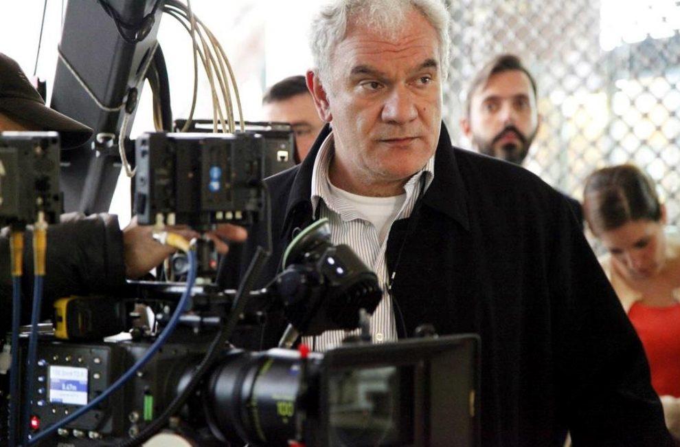 Ο Τάσος Μπουλμέτης μιλά στο «Θάρρος» για την αποψινή προβολή της ταινίας του στο Πάρκο του ΟΣΕ