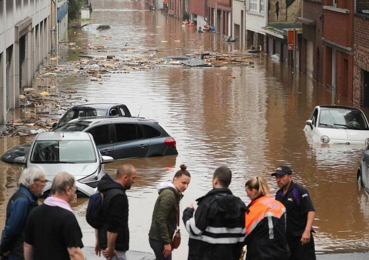 Γερμανία-Βέλγιο-Ολλανδία: Πάνω από 120 νεκροί, δεκάδες οι αγνοούμενοι από τις πλημμύρες