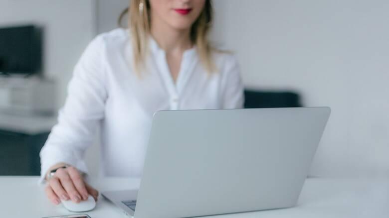 ΟΑΕΔ: Επιχορήγηση απασχόλησης με έμφαση στις γυναίκες