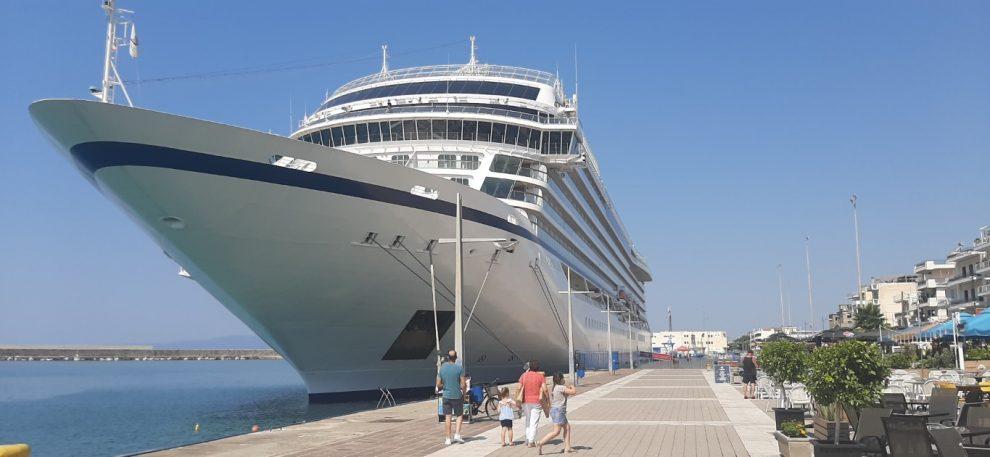Κρουαζιερόπλοιο και πάλι στο λιμάνι Καλαμάτας